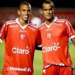 Rivaldo și-a felicitat fiul pentru primul trofeu din cariera de fotbalist. Mesajul lui Rivaldinho