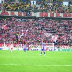 Noi ținem (cu) Dinamo !