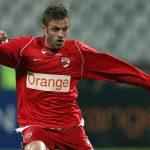 Un alt jucator se autopropune la Dinamo